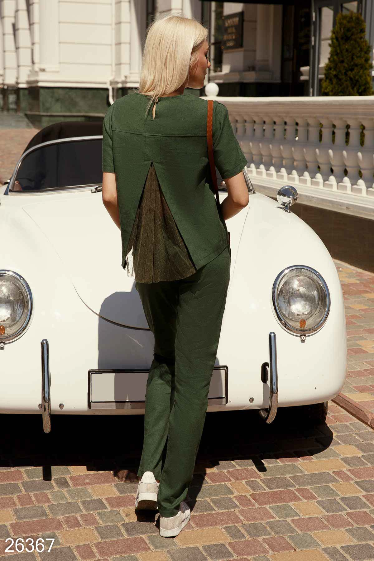 A linen suit with trousers Green 26367