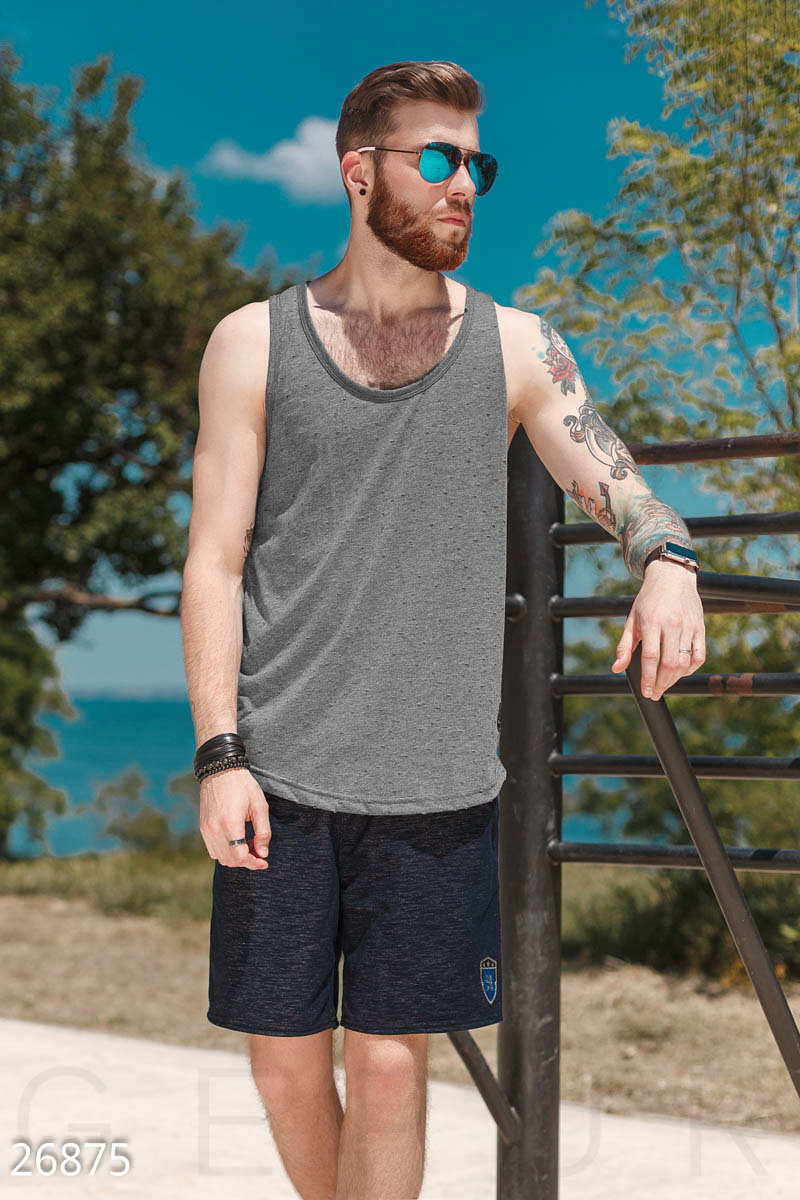 8 пляжных вещей, которые нельзя носить в городе