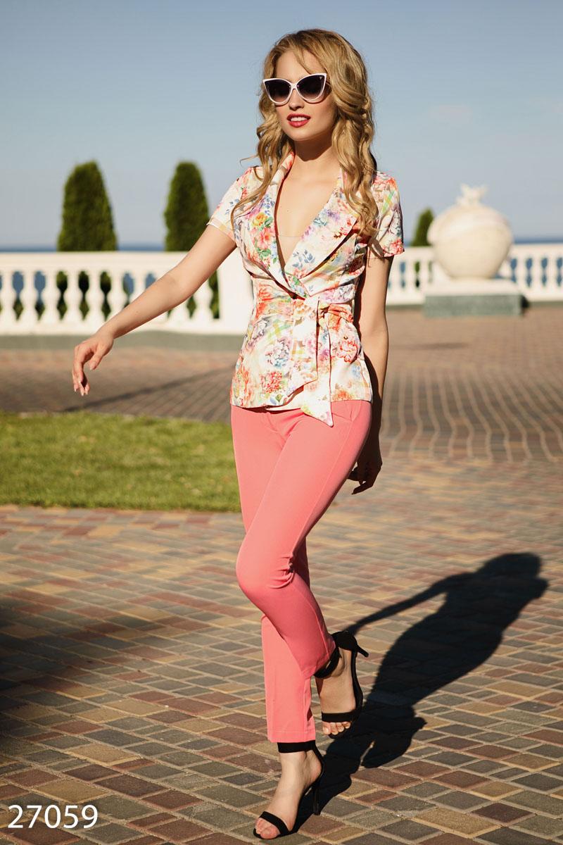 Цветочный костюм с жакетом