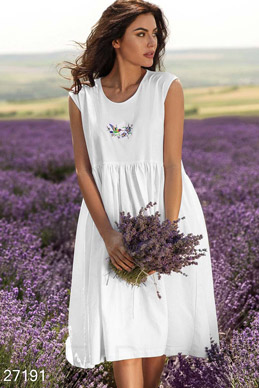 Dress with embroidery  photo 1