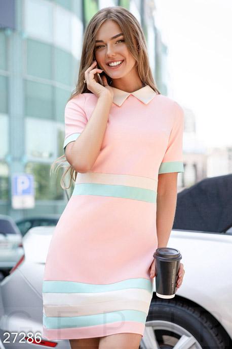 Цветное деловое платье