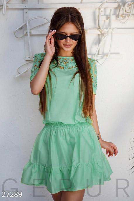 Короткое коттоновое платье
