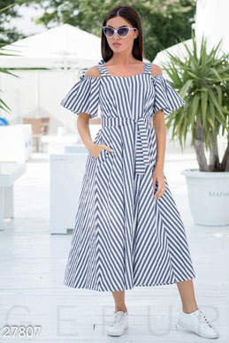 Easy striped dress photo 1