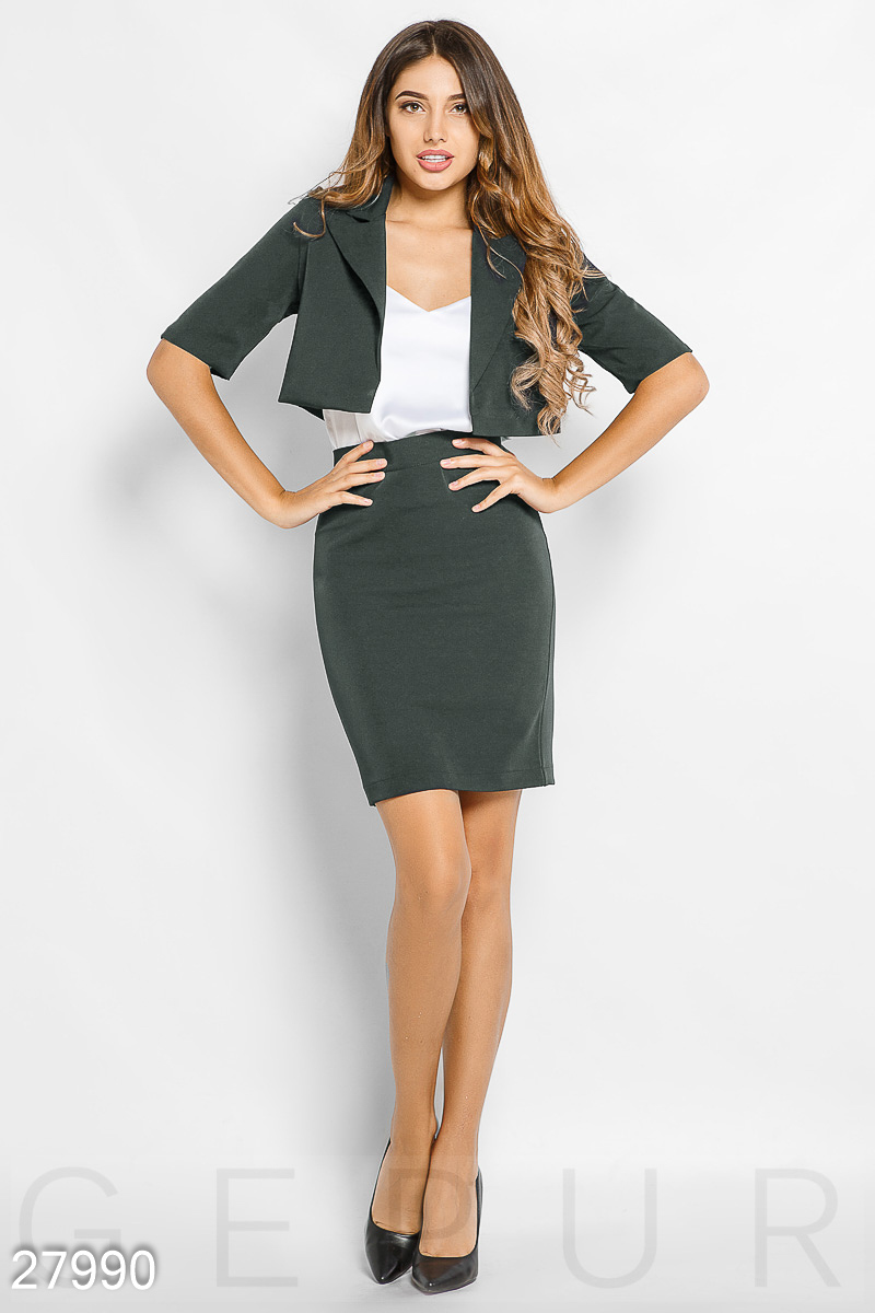A suit with a skirt Grey 27990