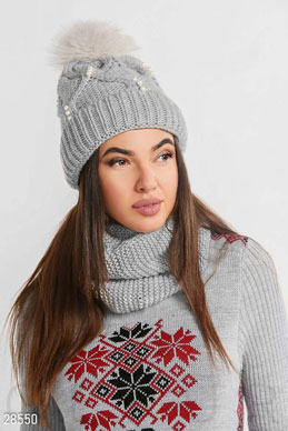 Hat and Snood photo 1