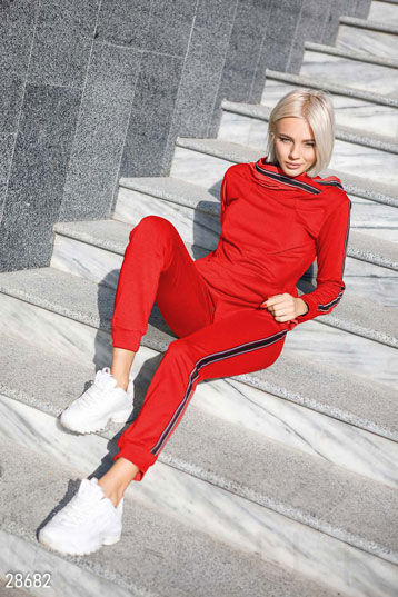 Knitted tracksuit photo 1