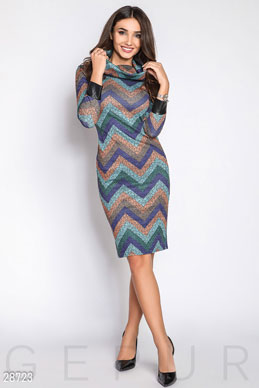 Warm dress cowl photo 1