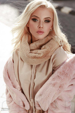 Warm fur scarf photo 1