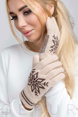 Woolen gloves photo 1