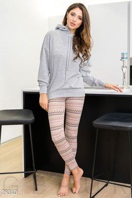 Leggings with a high rise photo 1