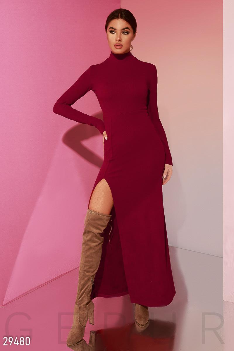 Эффектное трикотажное платье 29480