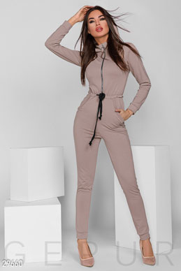 Jumpsuit photo 1