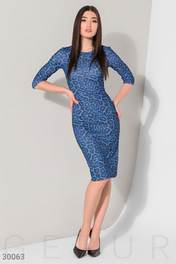 Dress with a stylish print photo 1