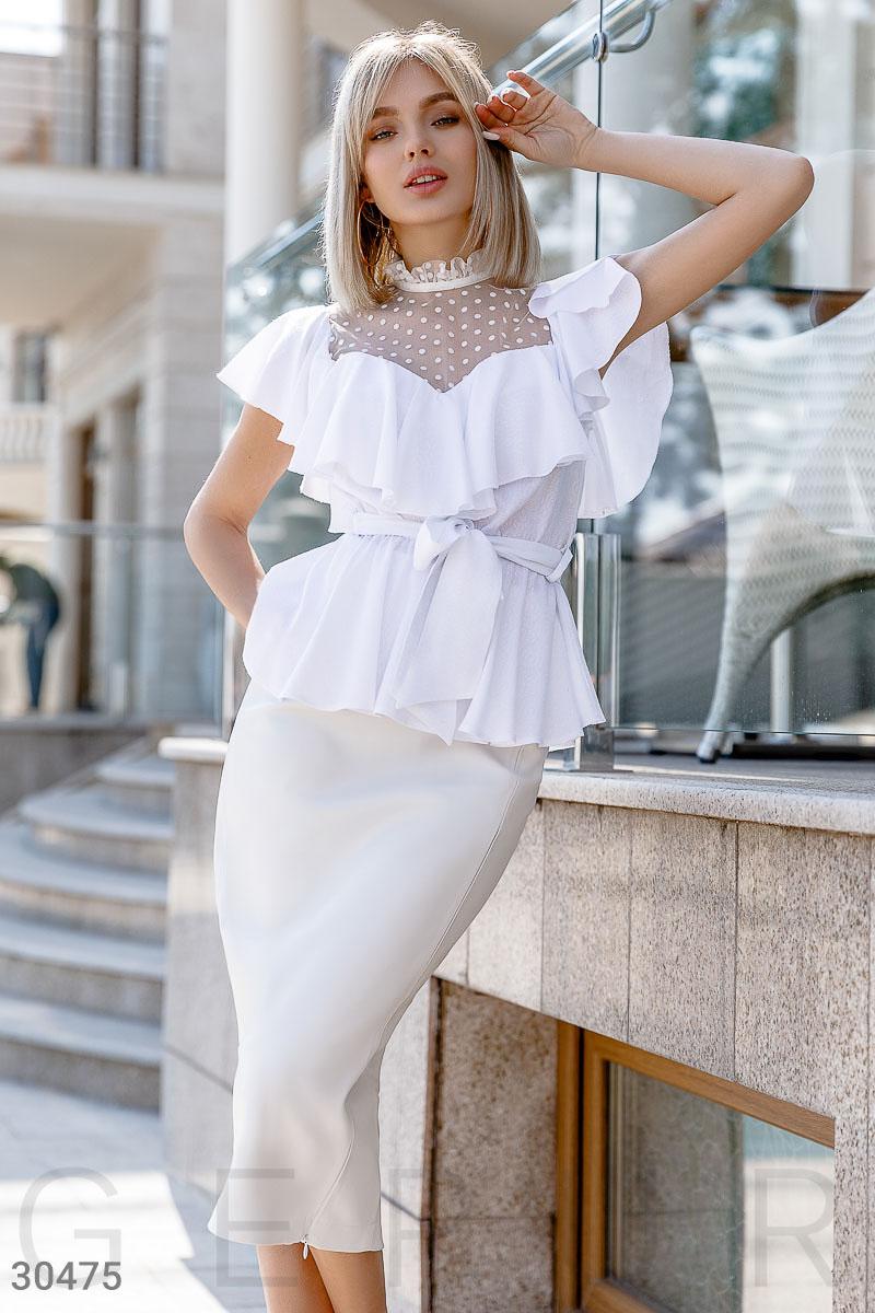 26cf45d0ff6 Воздушная блуза с воланом - купить оптом и в розницу