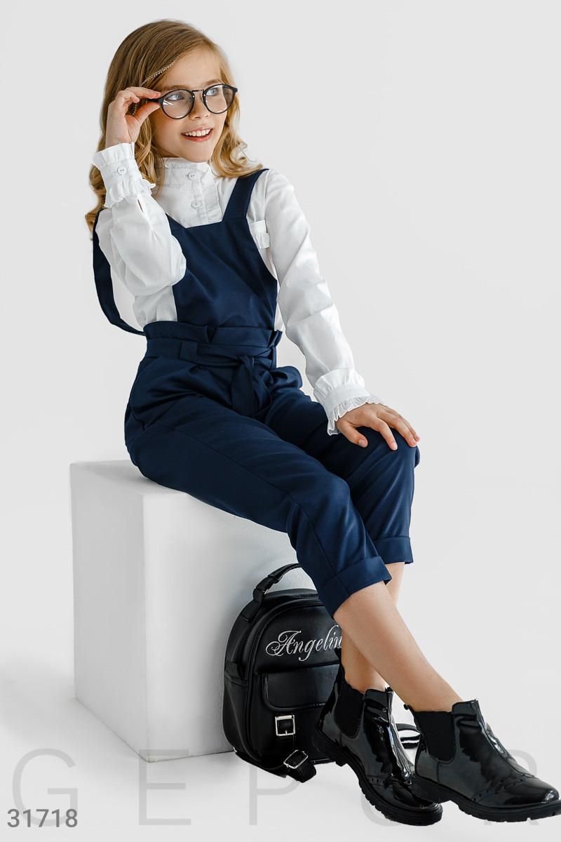Актуальные брюки-комбинезон