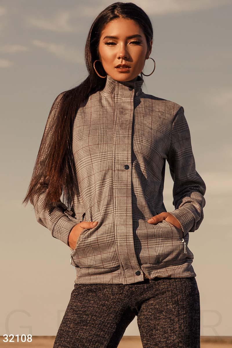 Куртка в стильную клетку
