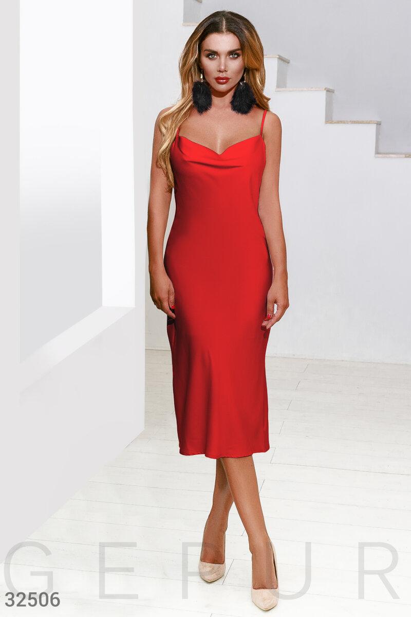 Платье из шелковой ткани