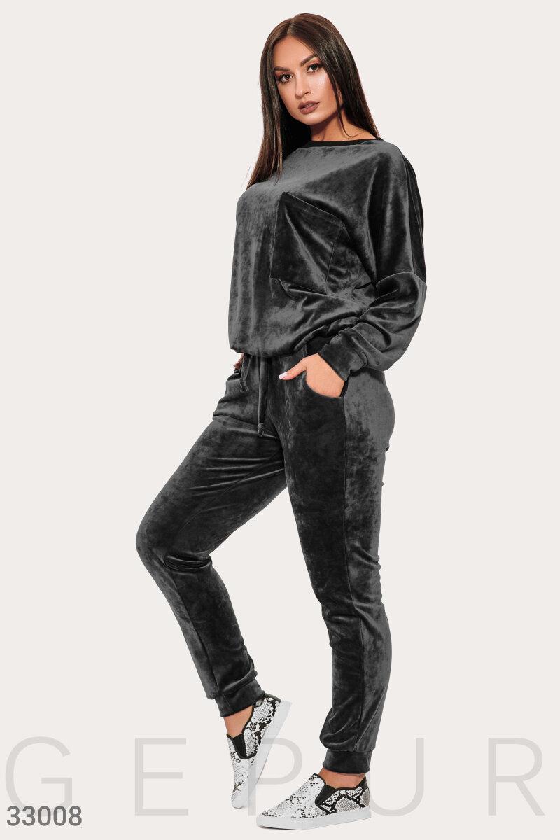 Бархатный черный костюм