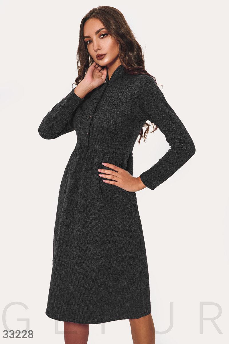 Актуальное теплое платье