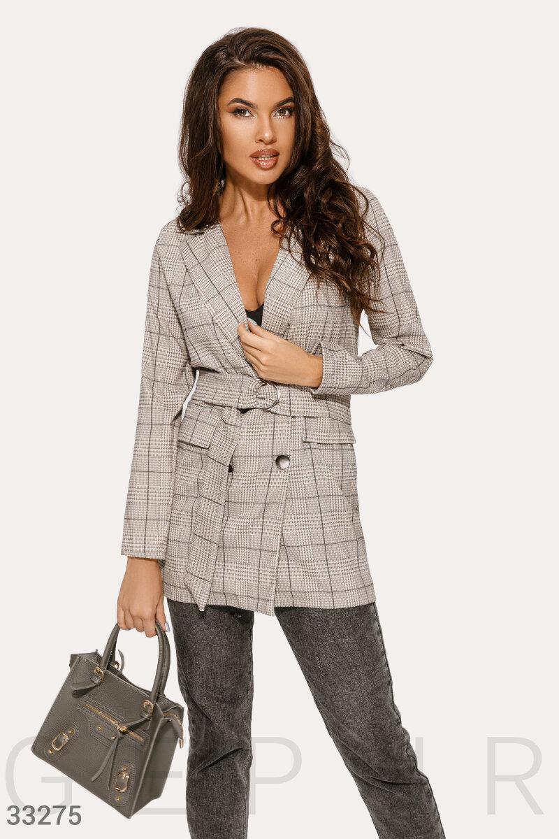 Бежевый удлиненный пиджак