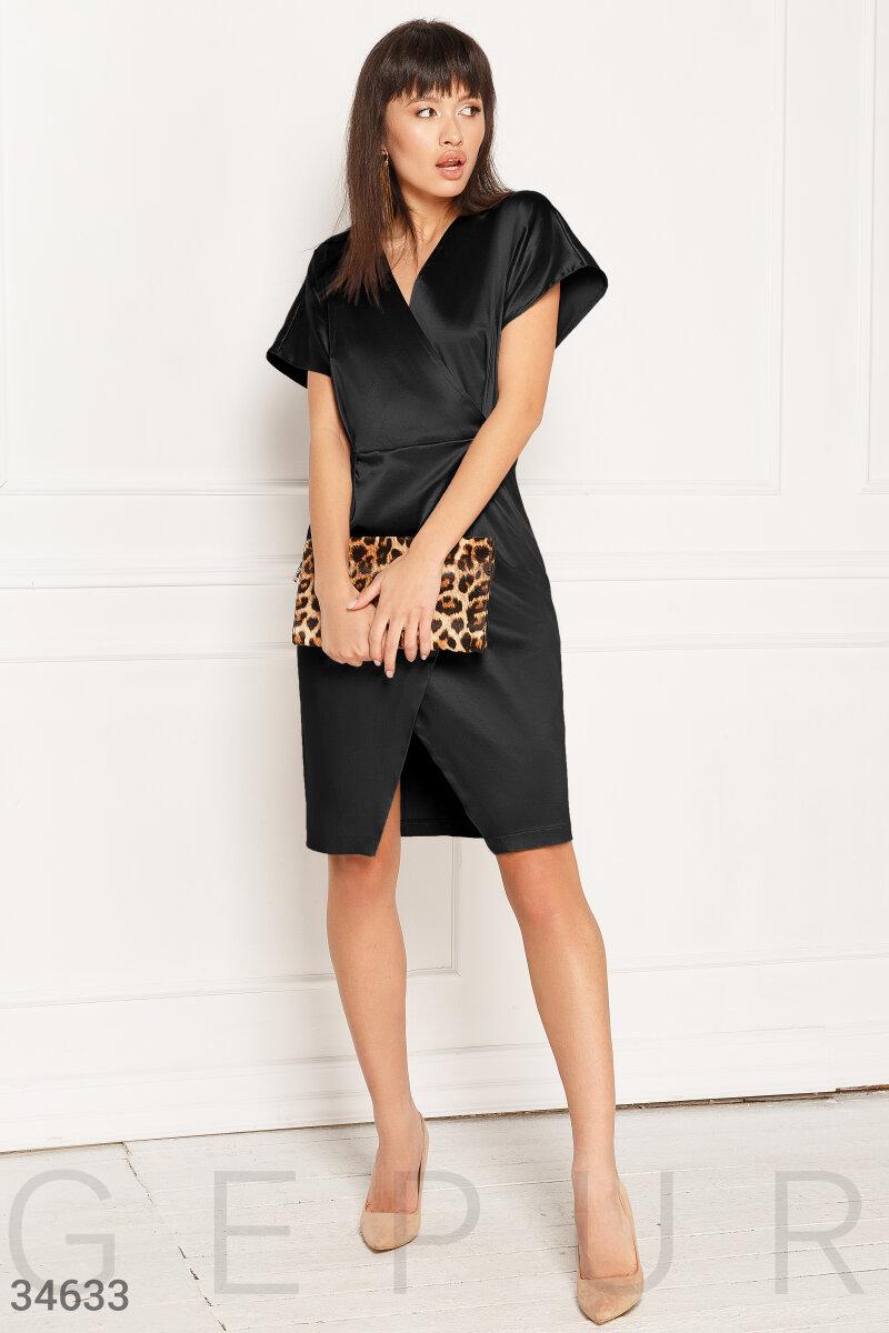 Атласное короткое платье