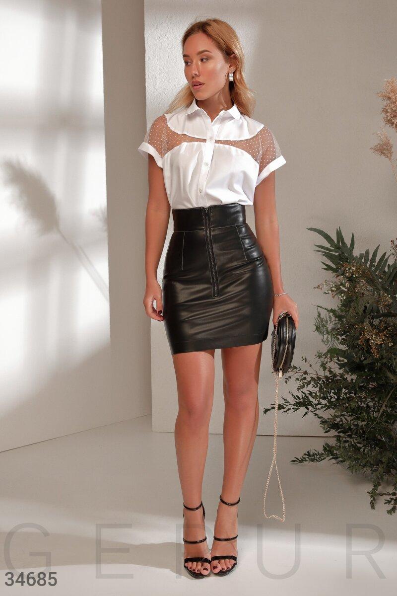 Лаконичная юбка с высокой посадкой