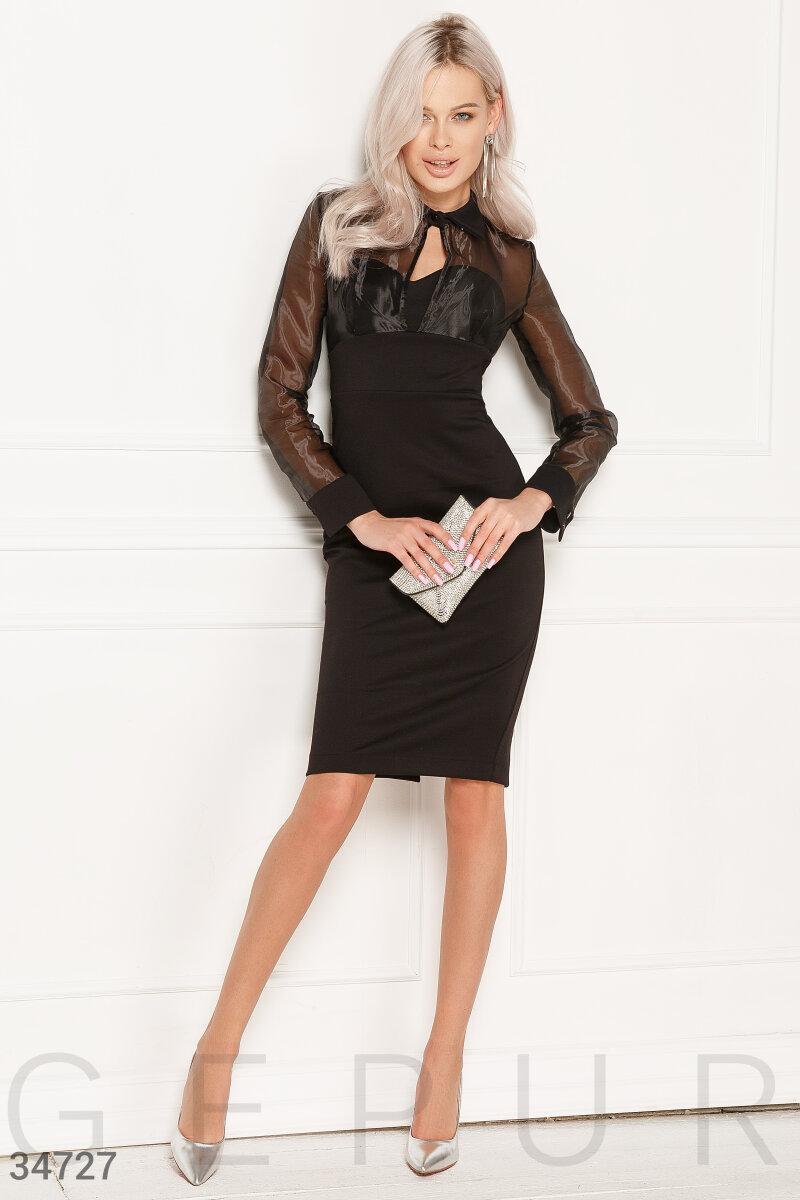 Облегающее короткое платье