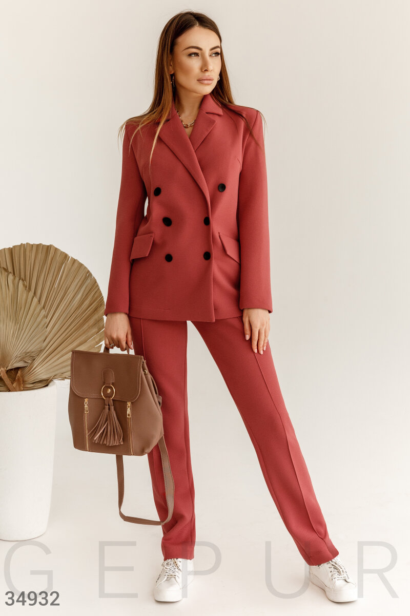 Comfortable pant suits