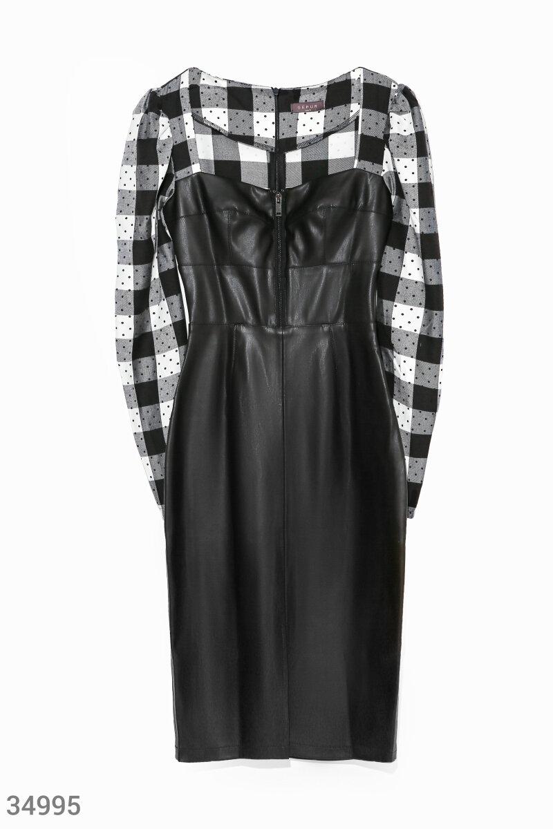 Кожаное платье с тканевыми рукавами