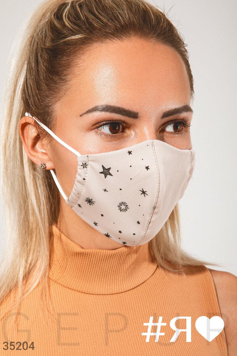 Актуальная маска с принтом