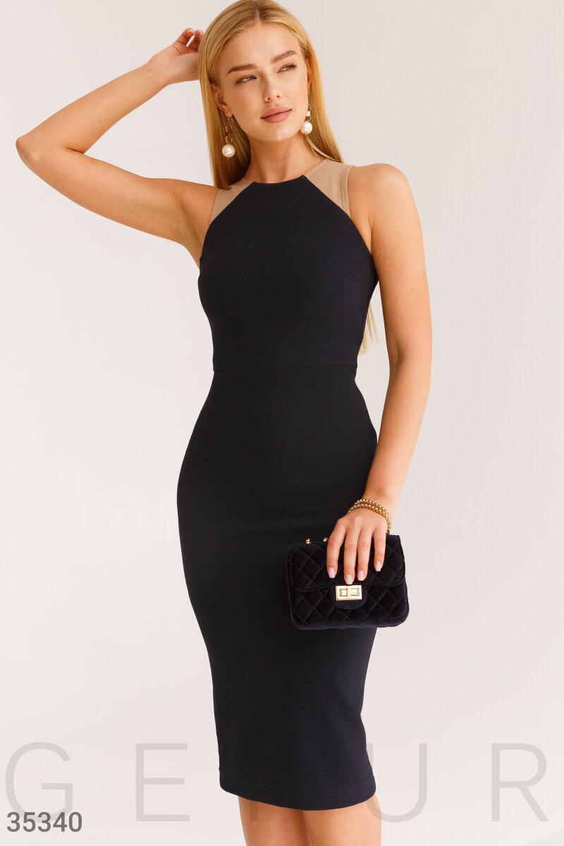 Деловое платье-футляр темно-синего цвета
