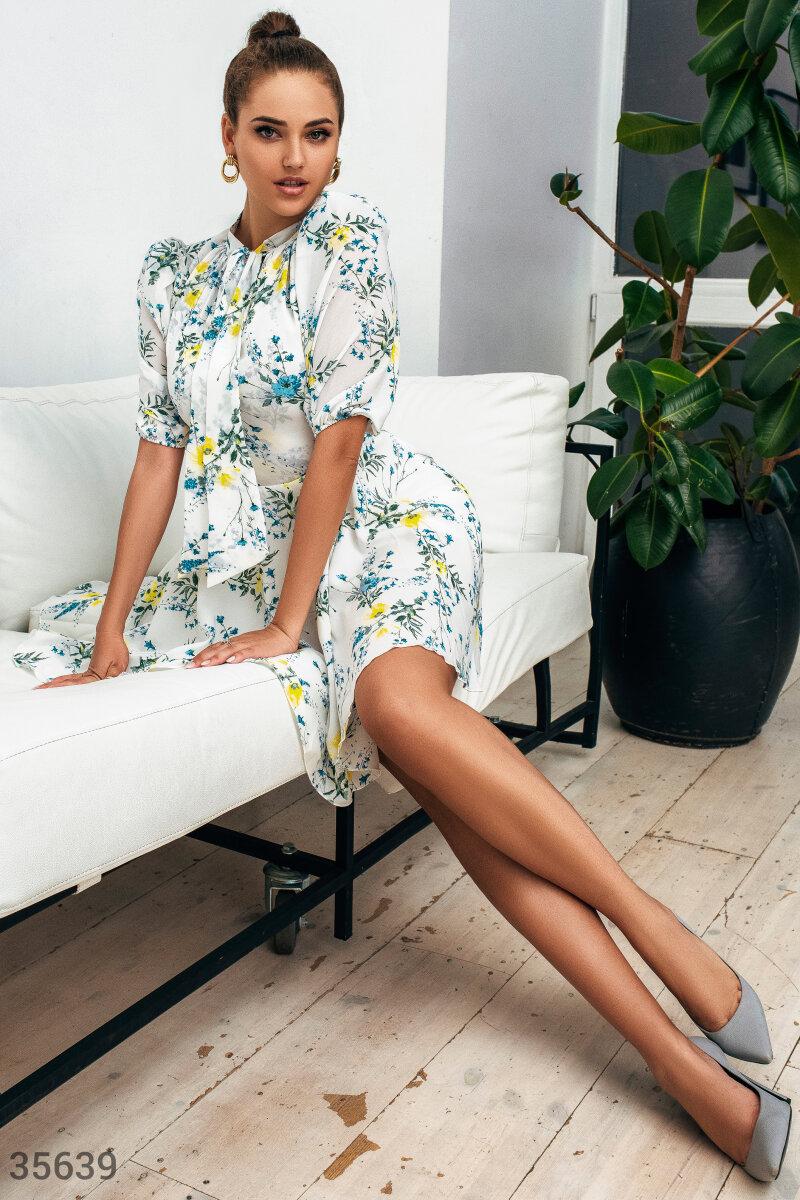Воздушное шифоновое платье с цветами