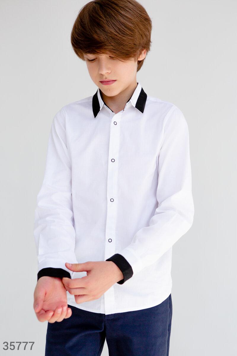 Белая рубашка классического кроя для мальчика