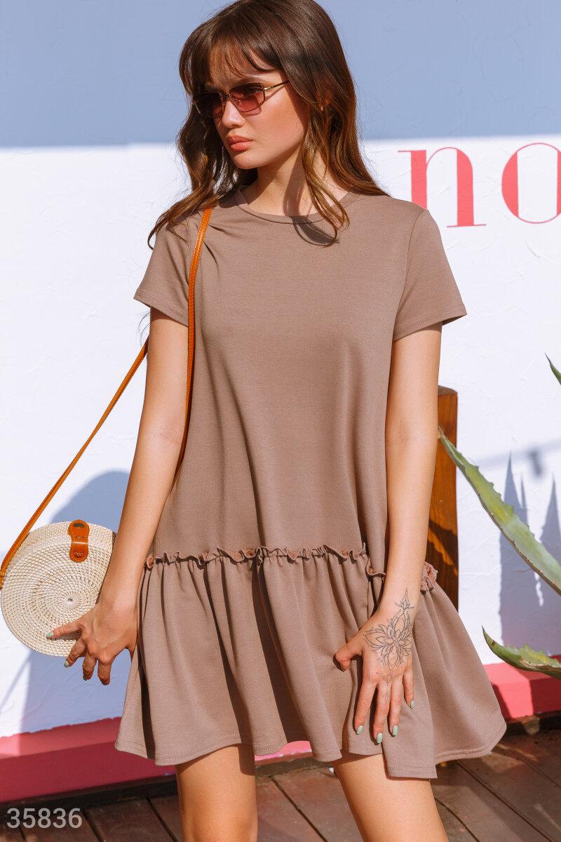Платье oversize с объемным воланом