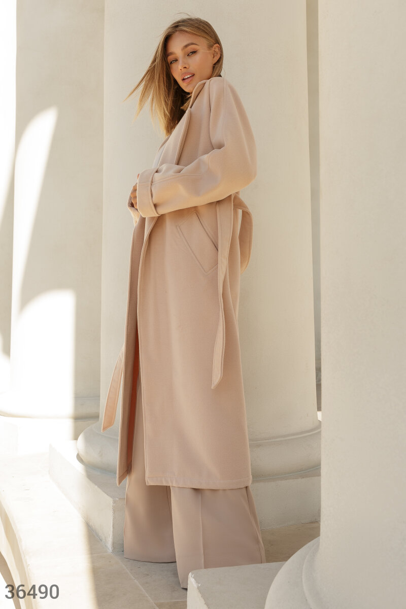 Warm coat in basic beige Beige 36490