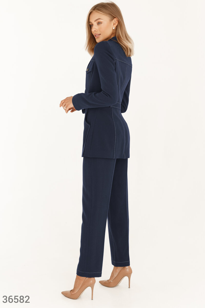 Trouser suit in blue