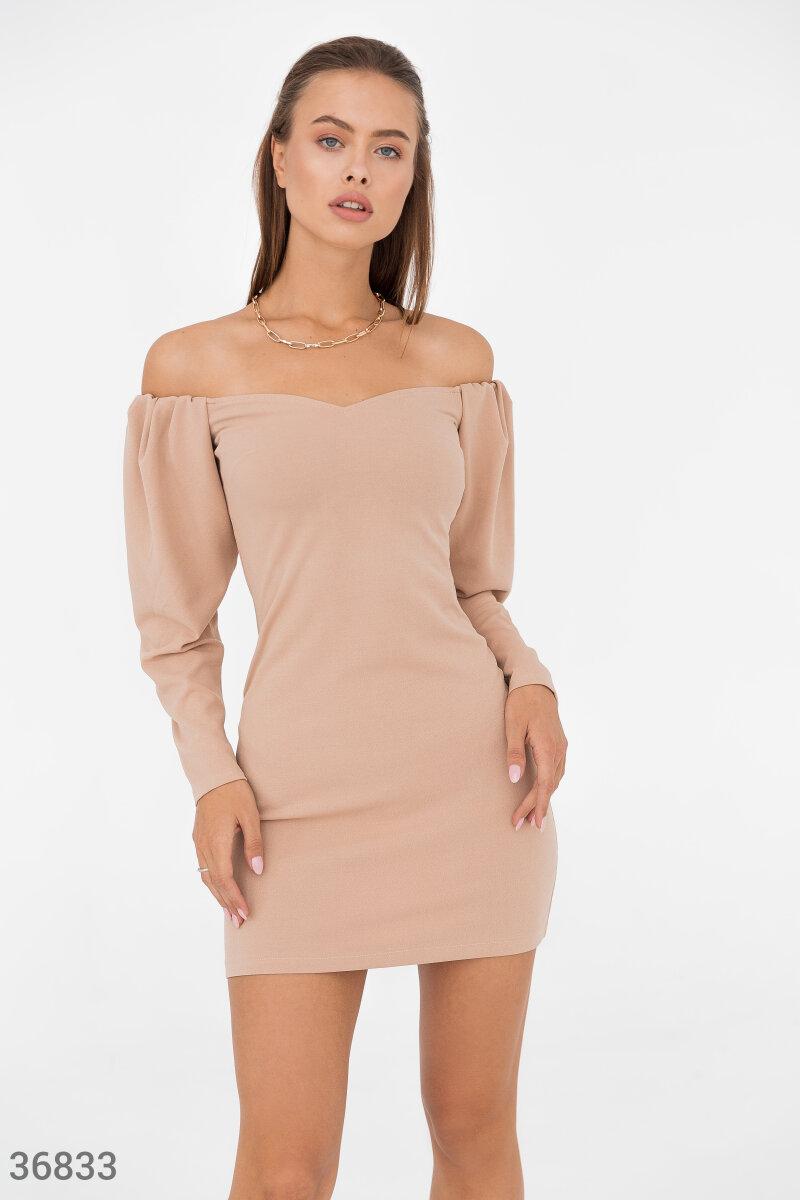 Фото 2 - Ультракороткое платье бежевого цвета