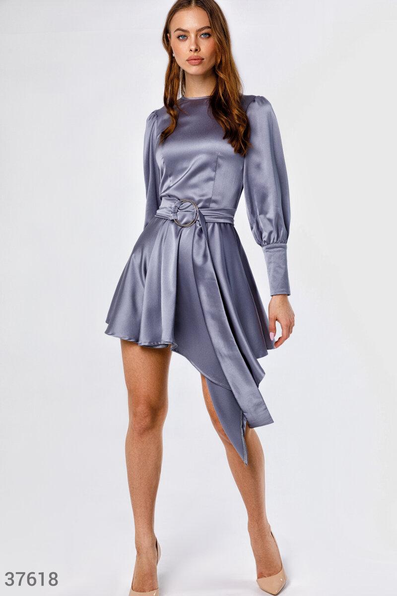 Асимметричное платье из атласного материала