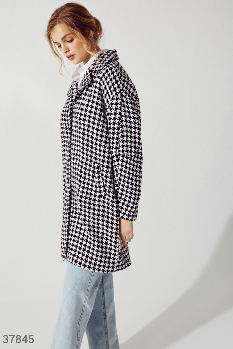 Short tweed coat   Black and white 37845