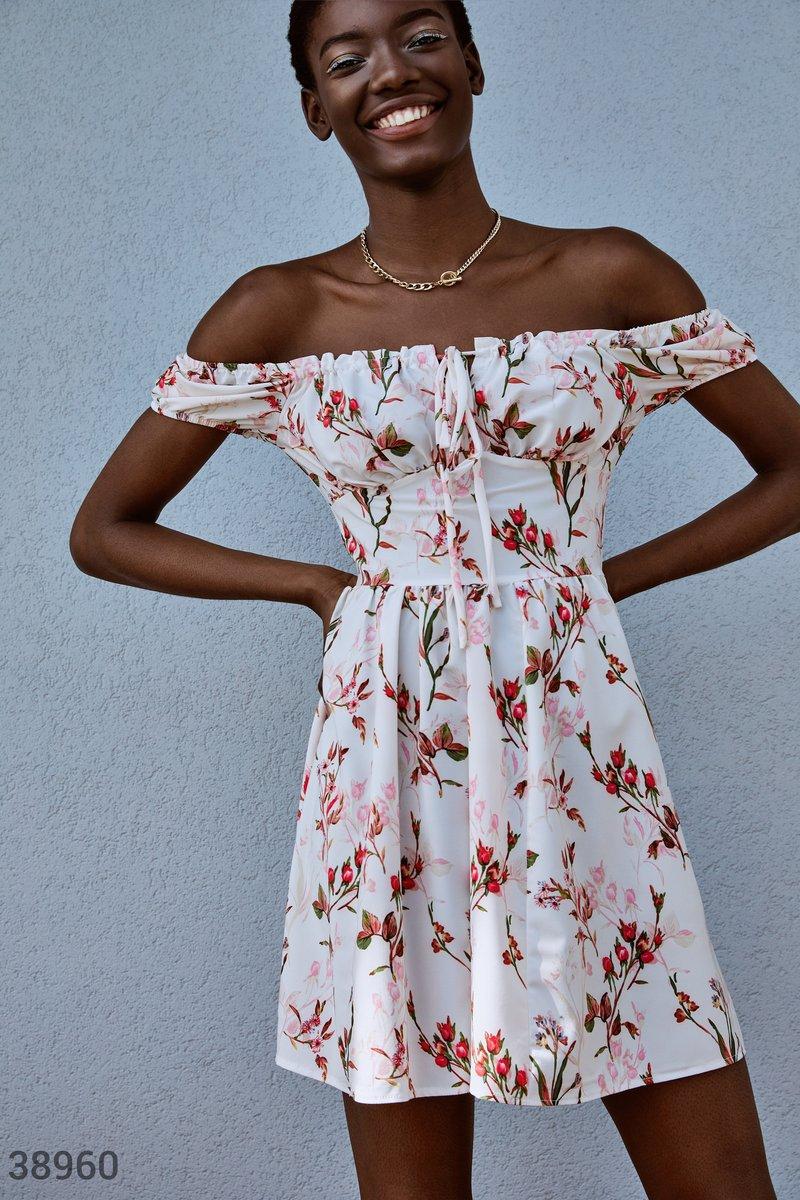 Мини-платье в цветочный принт