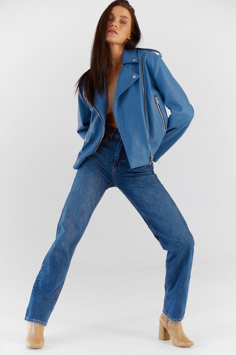 Прямые темно-синие джинсы