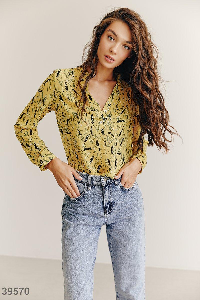 Желтая блуза в цветочный принт