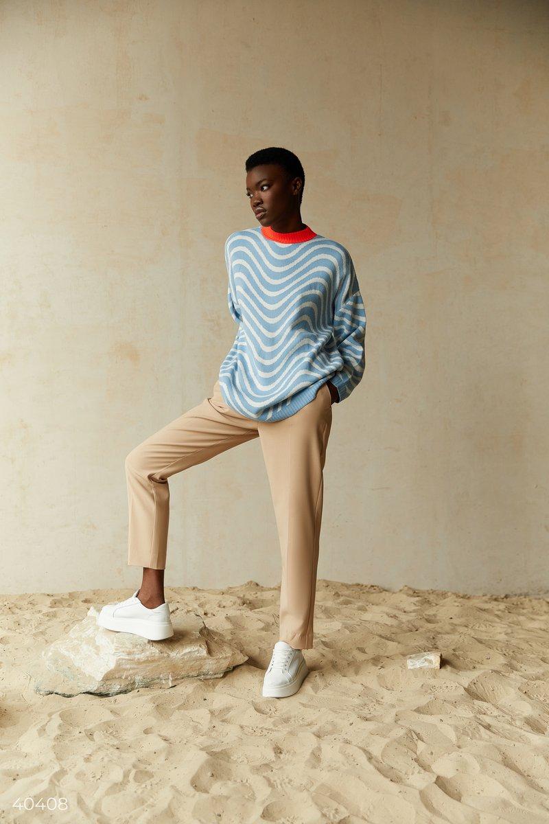 Голубой свитер oversize в полоску