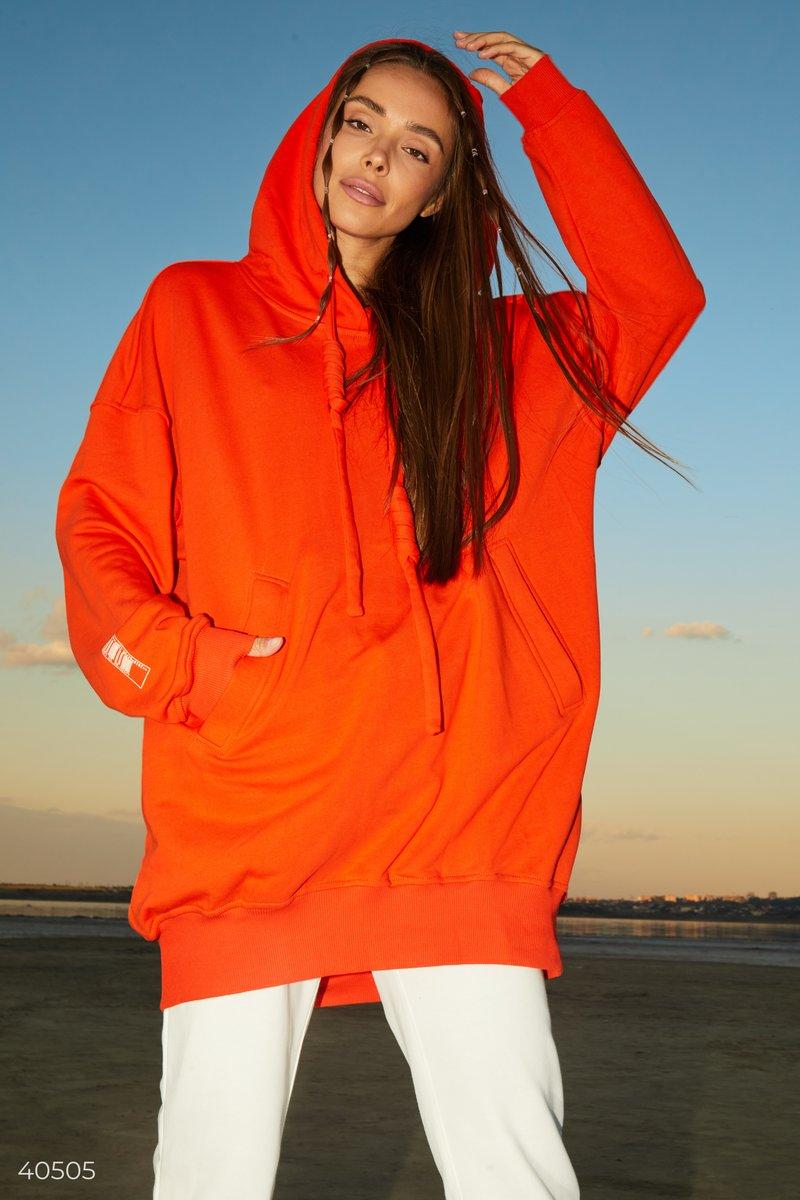 Удлиненная толстовка оранжевого цвета